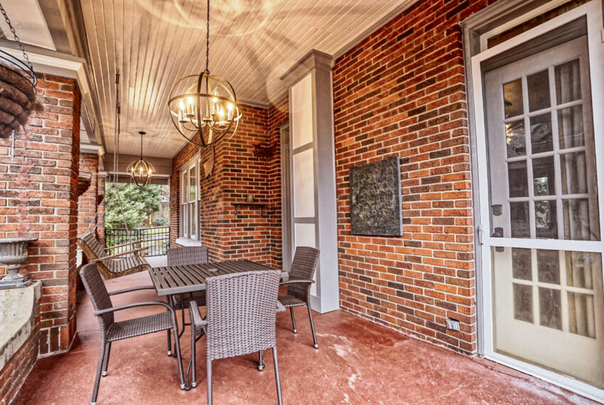 sideporch_hdr